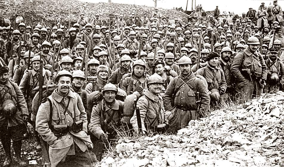 0041-soldiers-before-verdun-1916